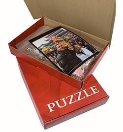 Puslespil med dit foto - leveres normalt usamlet pakket i en æske, sammen med et kvalitetsprint af motivet.