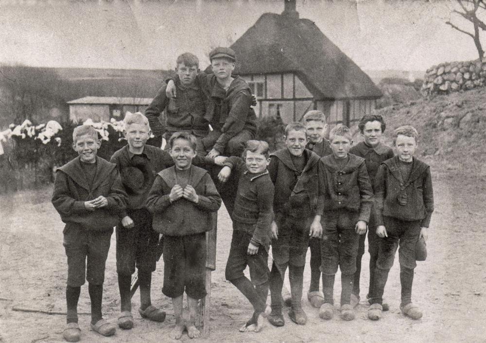 Ca. 1914 - klik på billedet for navne