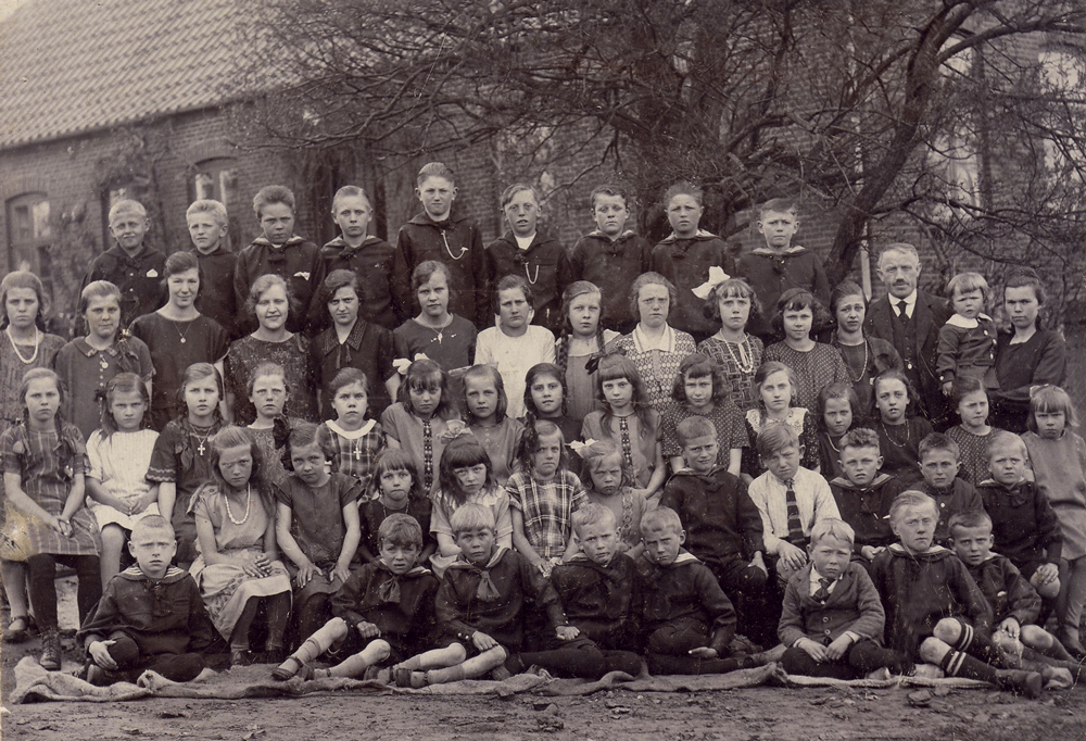 Ca. 1924 - klik på billedet for navne