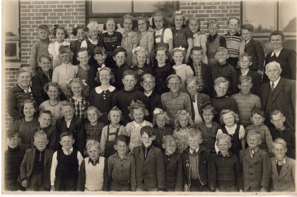 1946 - klik på billedet for navne