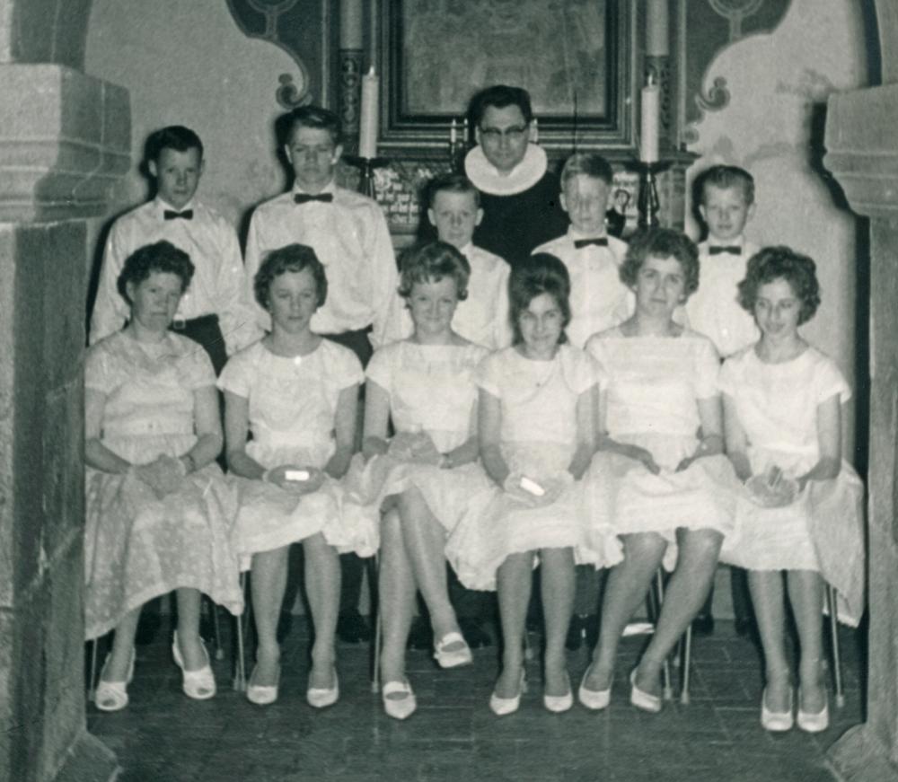 1962 - Konfirmander i Nørbæk Kirke - klik på billedet for navne