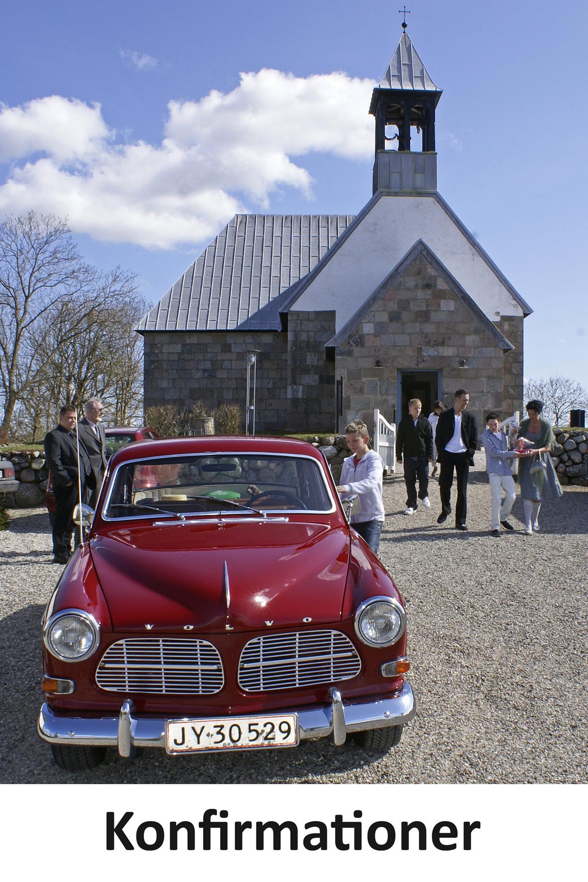 LindFoto.dk Randers - Konfirmationer - fotografering ved kirken